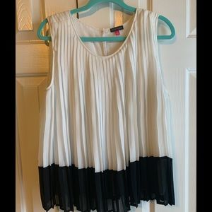 Vince Camuto Sleeveless Off White Top Size Medium